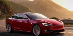 تسلا تحدث ثورة في عالم السيارات الكهربائية